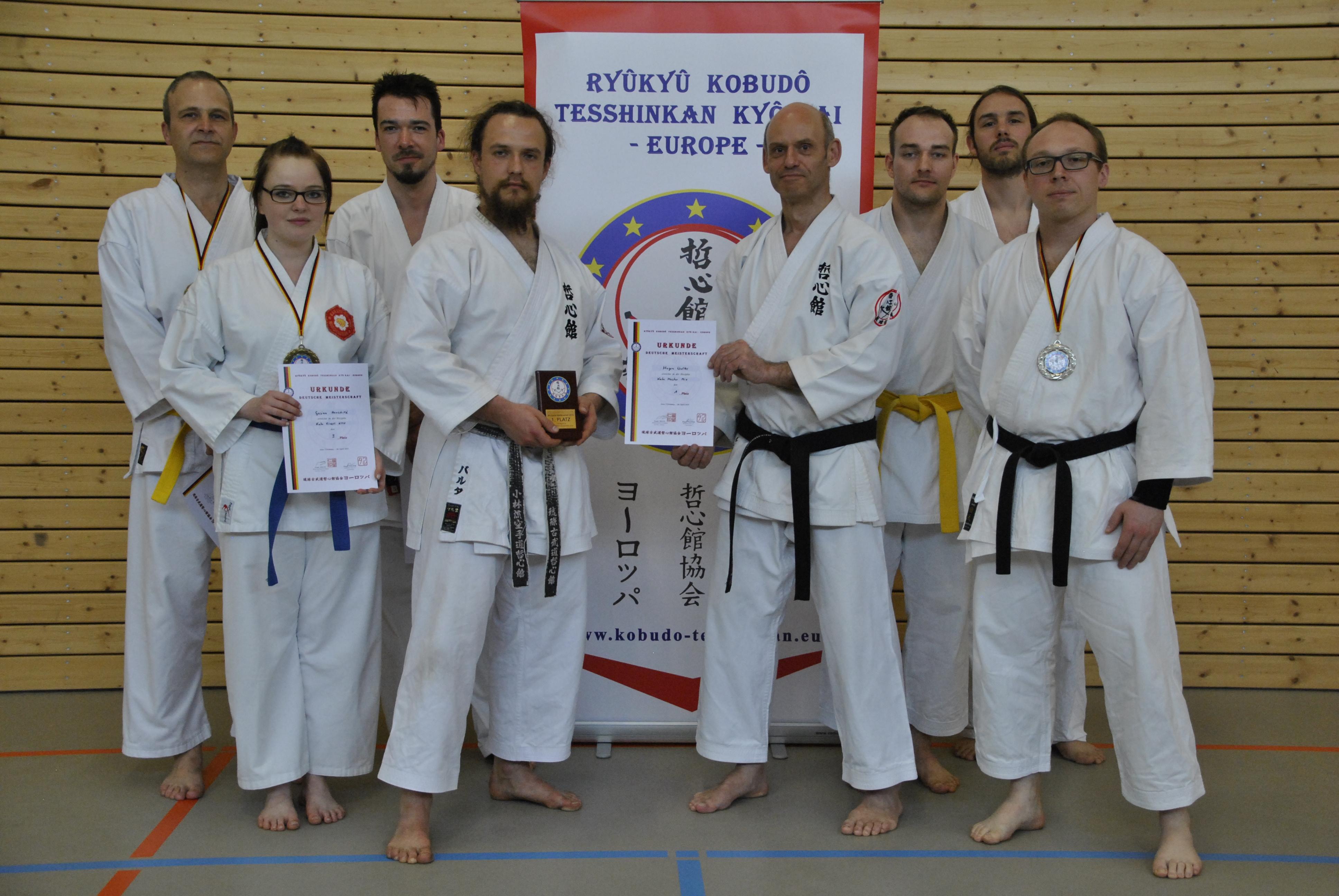 Erfolgreiche Jenaer bei der Tesshinkan Kobudo-DM 2015